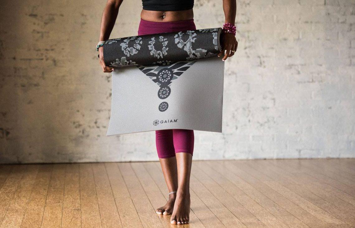 intretinere saltea yoga
